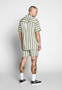 Native Youth - FARRELL - Shorts - white - 2