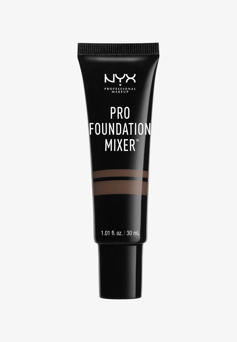 Nyx Professional Makeup - PRO FOUNDATION MIXERS - Fond de teint - 4 deep
