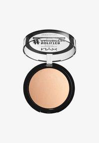 Nyx Professional Makeup - NOFILTER FINISHING POWDER - Poudre - 2 porcelain - 0