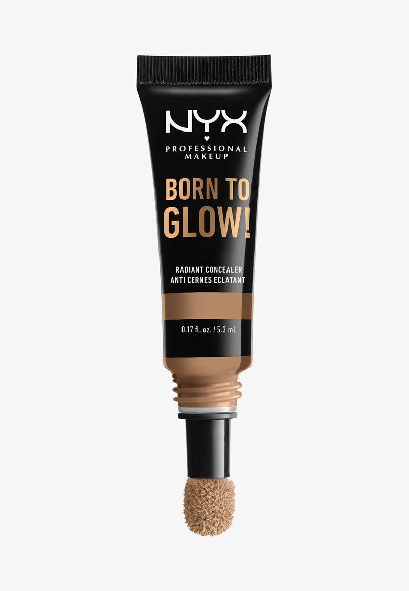 Nyx Professional Makeup - BORN TO GLOW RADIANT CONCEALER - Correcteur - 15 caramel