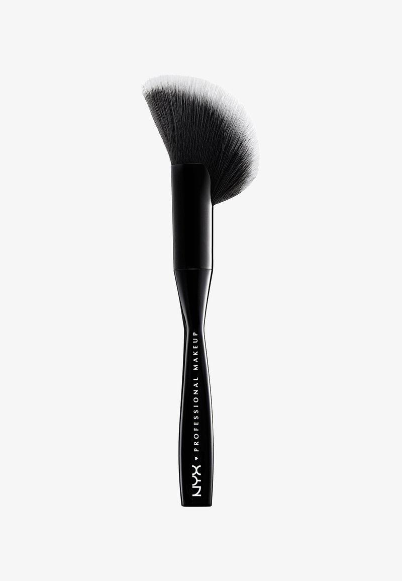 Nyx Professional Makeup - FACE & BODY BRUSH - Pędzel do makijażu - -