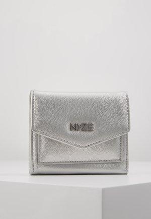 Punge - silver
