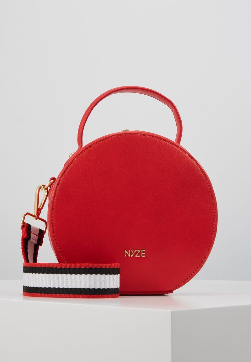 Nyze - Handtasche - red