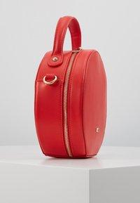 Nyze - Handtasche - red - 4