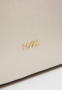 Nyze - Tagesrucksack - silver - 2