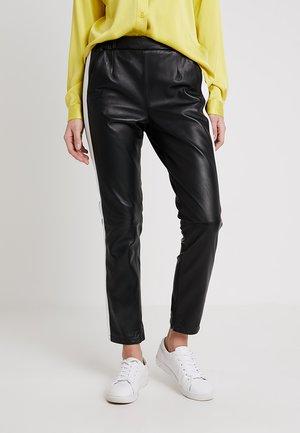 BELLA - Kožené kalhoty - black