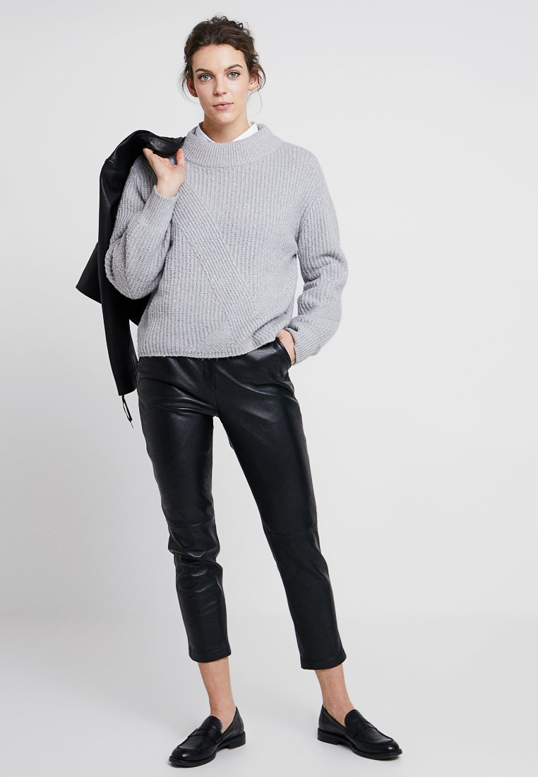 Oakwood ULTIME Pantalon en cuir black ZALANDO.FR