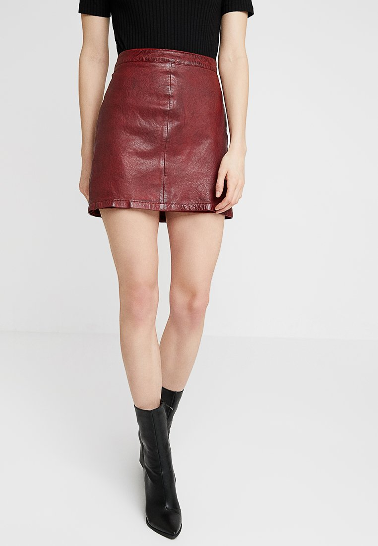 Oakwood - MERCER - A-line skirt - red