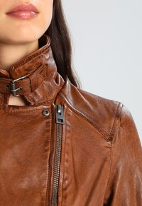Oakwood - VIDEO - Leather jacket - tan - 3