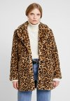 Oakwood - USER - Winter coat - beige