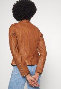 Oakwood - PALM - Leather jacket - cognac - 3