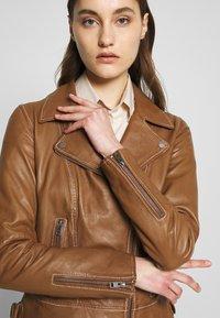 Oakwood - ADELE - Leather jacket - cognac - 3