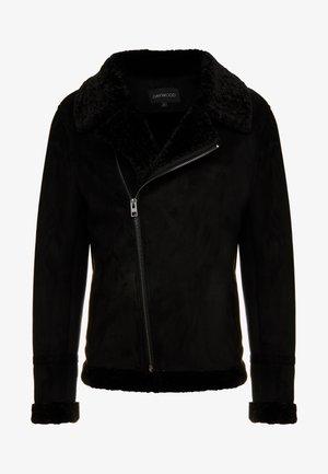 JUSTIN - Chaqueta de cuero sintético - black