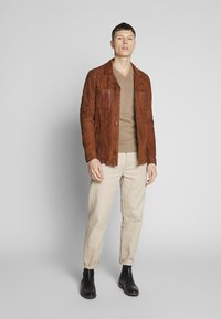 Oakwood - LEO - Veste en cuir - whisky - 1