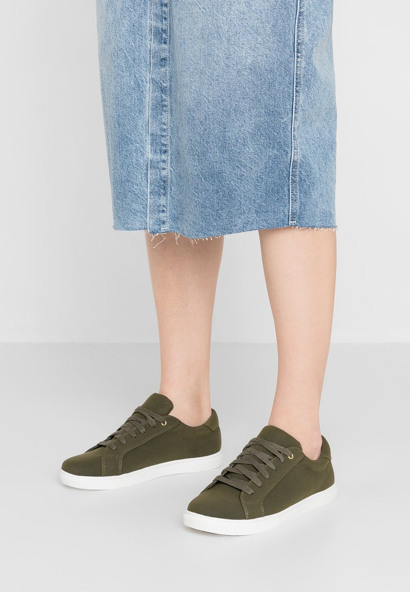 Oasis - LACE UP TRAINER - Trainers - green