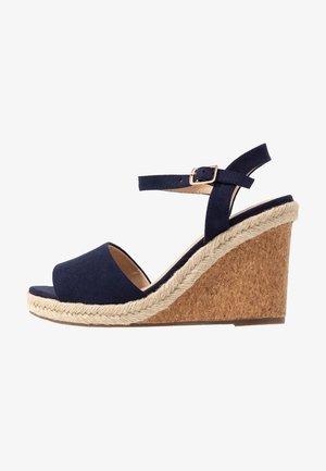 GRACIE WEDGE - Sandály na vysokém podpatku - navy