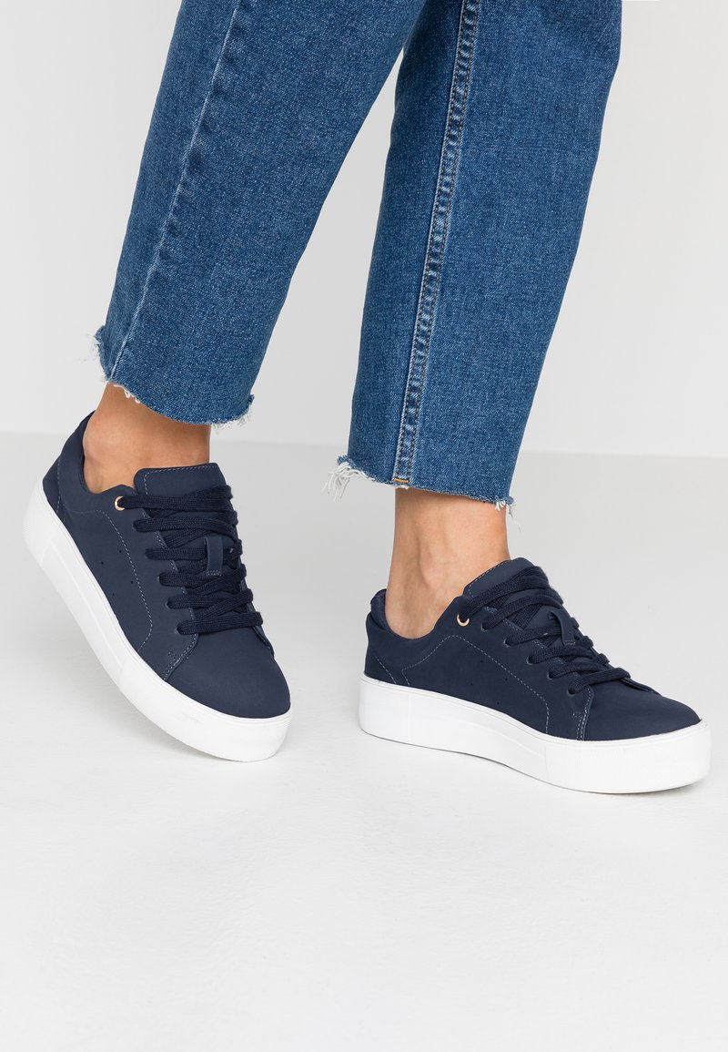 Oasis - JESSIE TRAINER - Sneakers - blue