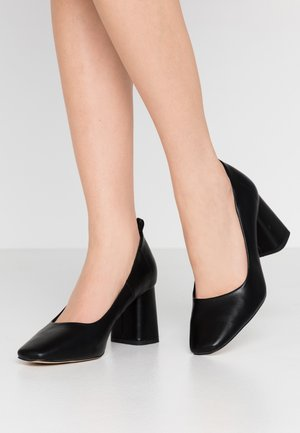 WILLOW SQUARE TOE COURT - Pumps - black
