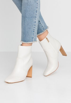 MABEL HEELED BOOT - High Heel Stiefelette - white