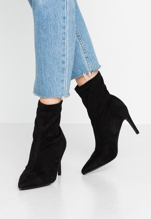PULL ON SOCK BOOT - Stivaletti con tacco - black