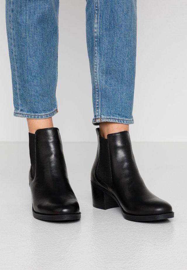 ESME  - Ankelstøvler - black