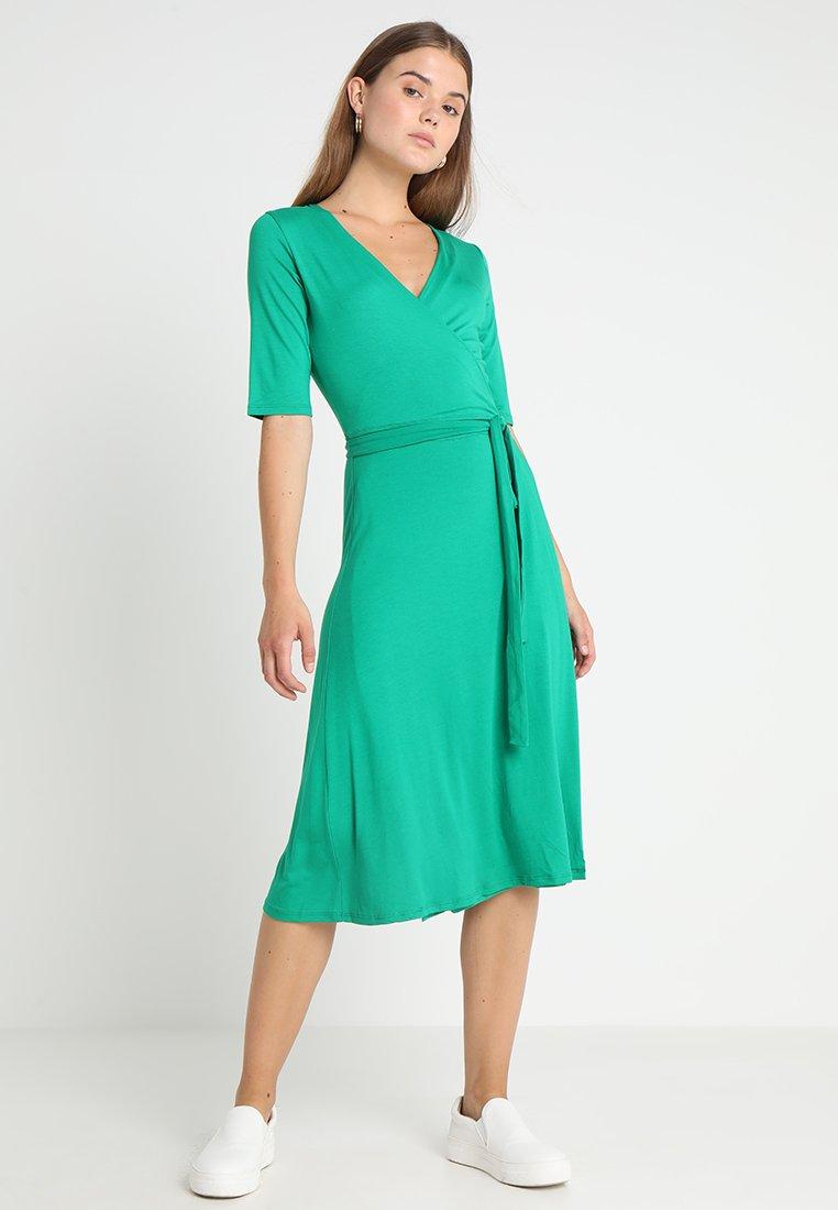 Oasis - PLAIN WRAP DRESS - Jersey dress - green