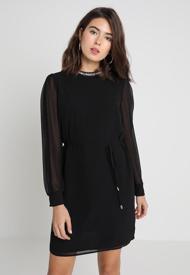 Oasis - EMBELLISHED NECK DRESS - Freizeitkleid - black