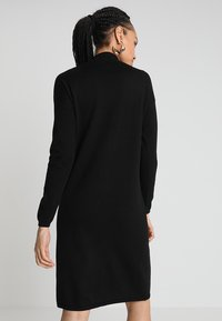 Oasis - LUCY DRESS - Stickad klänning - black - 2