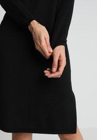 Oasis - LUCY DRESS - Stickad klänning - black - 5