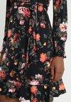 Oasis - FLORAL SHEERED SKATER DRESS - Jerseykjoler - multi