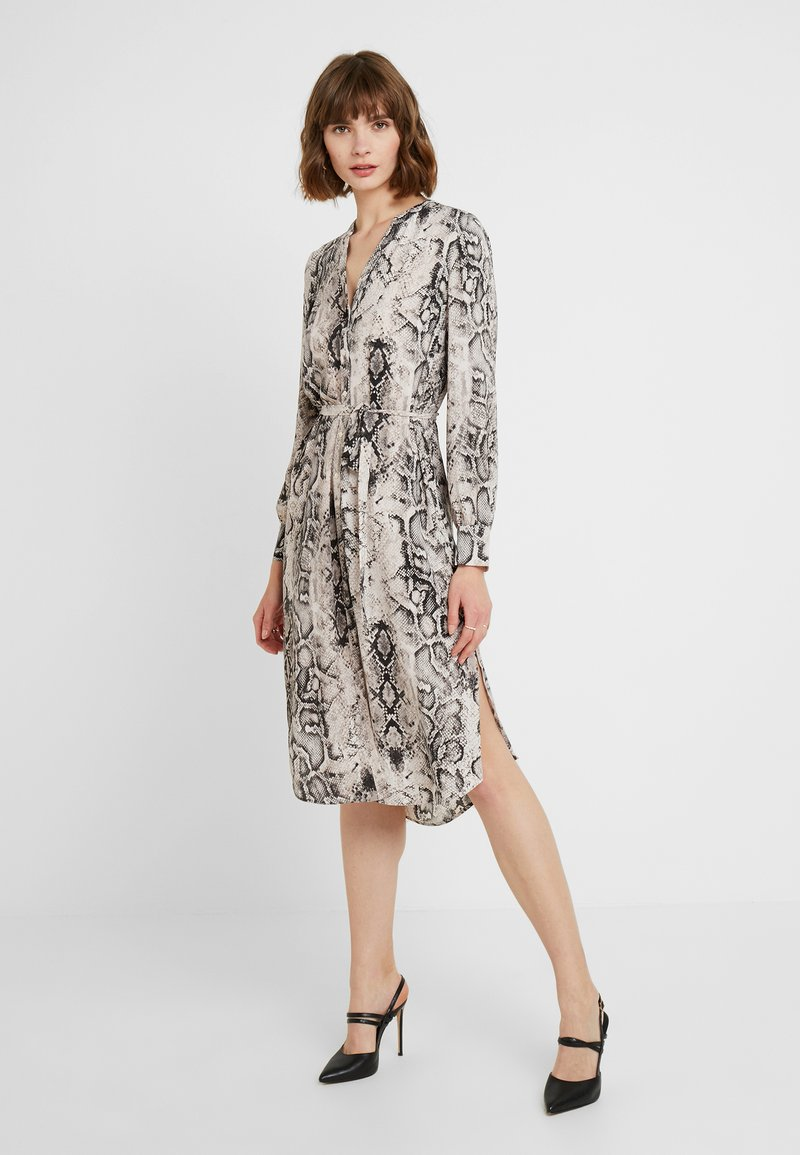 Oasis - SNAKE PRINTED MIDI DRESS - Shirt dress - multi grey