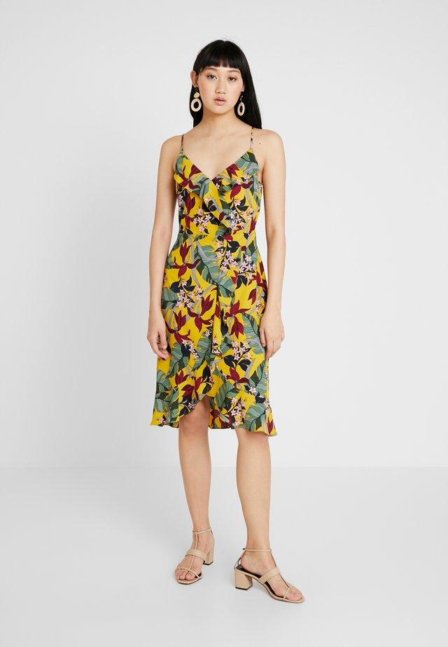 BALI TROPICAL TIE FRONT MIDI - Korte jurk - multi yellow
