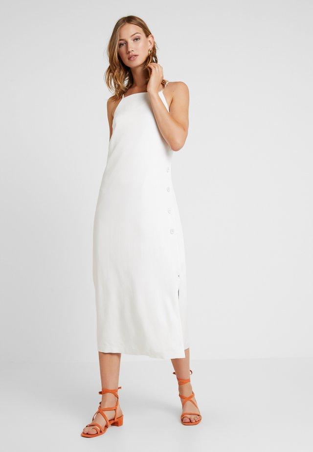 BUTTON SIDE DRESS - Maxikjoler - off white