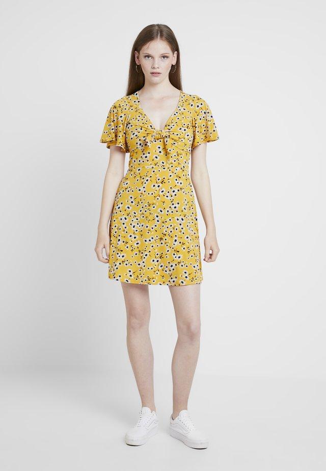 DAISY JULIETTE FRONT SUNDRESS - Jerseykleid - multi/yellow