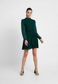 Oasis - DRESS - Sukienka koktajlowa - deep green - 2