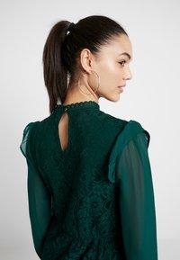 Oasis - DRESS - Sukienka koktajlowa - deep green - 6