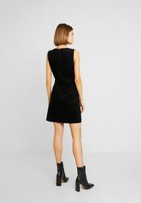 Oasis - SHIFT EXCLUSIVE - Denní šaty - black - 3