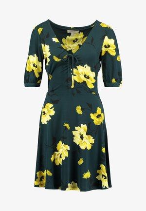 FAUNA ROSE DRESS - Žerzejové šaty - multi/green