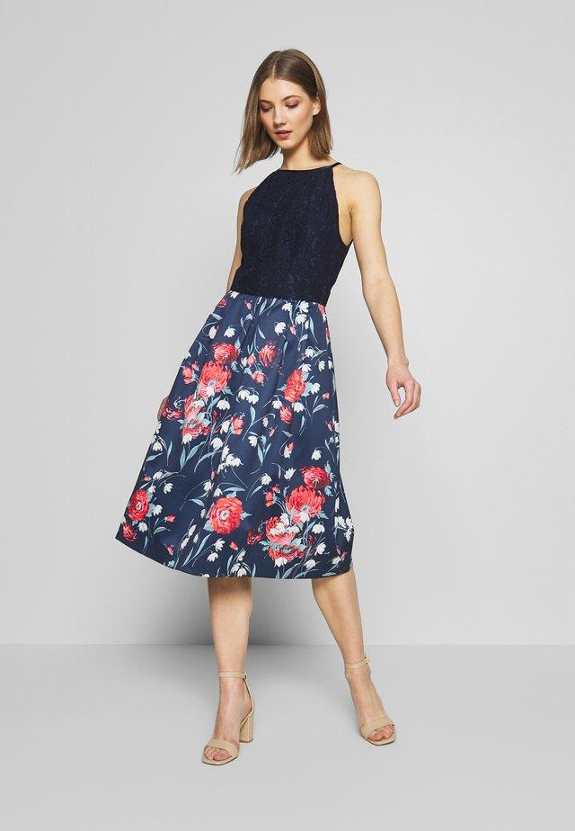 CEICY FLORAL STRUCTURED - Denní šaty - multi blue