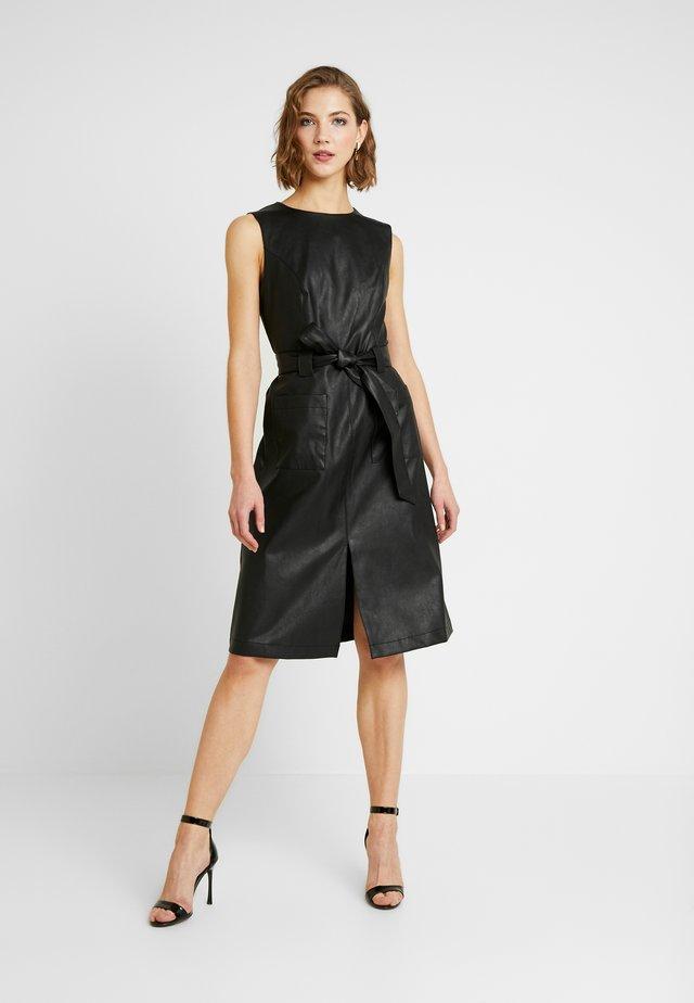 MIDI DRESSS - Korte jurk - black