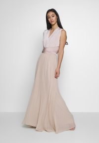 Oasis - PENNY WEAR IT YOUR WAY PLEATED MAXI - Společenské šaty - nude - 0