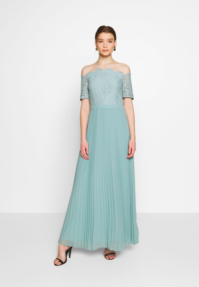 HOLLY BARDOT PLEATED MAXI - Abito da sera - pale green