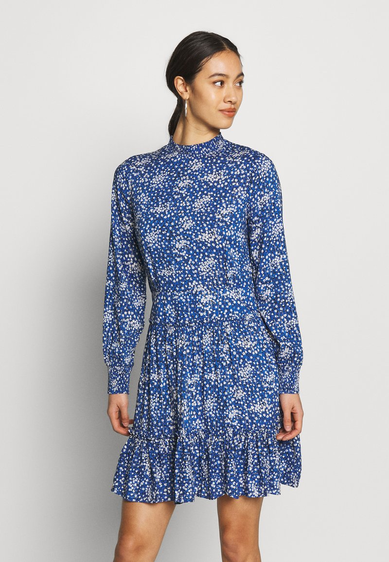 Oasis - DITSY NECK DRESS - Hverdagskjoler - multi blue