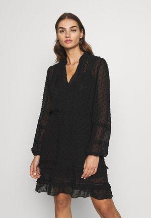 DOBBY LACE TRIM SHIRT DRESS - Denní šaty - black