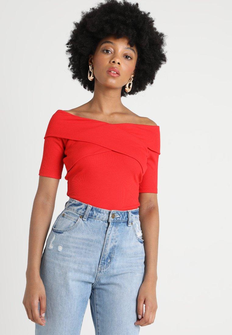 Oasis - BARDOT - Print T-shirt - red