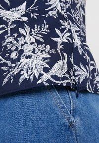 Oasis - BIRD FRILL - Toppe - multi blue - 5