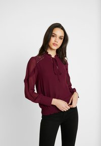 Oasis - TRIM PUSSY BOW - Blouse - burgundy - 0
