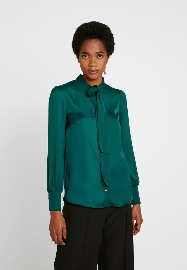 BRITEX PUSSYBOW BLOUSE - Skjortebluser - teal green