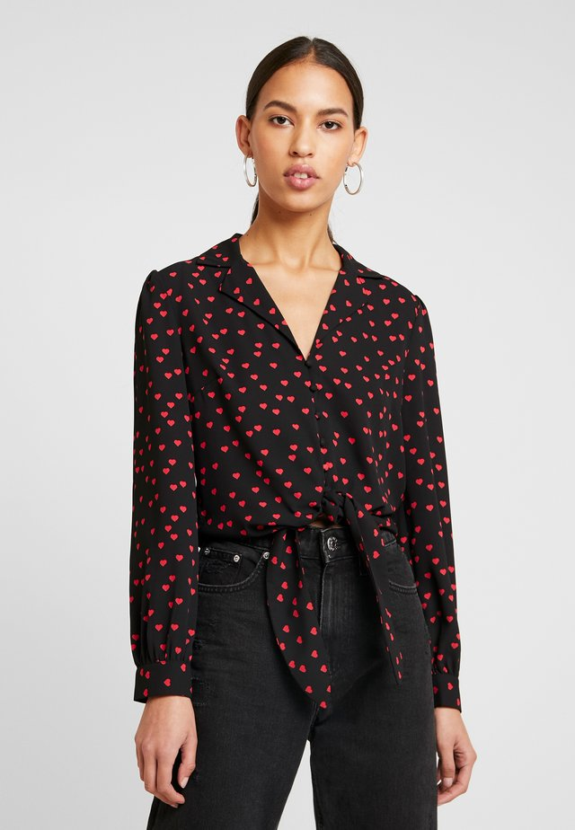 HEART TIE FRONT - Button-down blouse - red