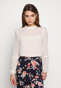 Oasis - DOBBY LACE TRIM SLEEVE TOP - Blouse - off-white - 0